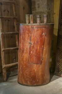 Tronc d'arbre évidé avec petite porte. Rajasthan
