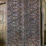 Portes de Palais du Rajasthan. Imposantes et richement ornées de motifs géometriques