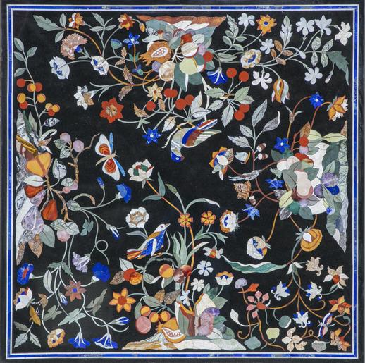 """Table basse """"Millefiori"""" Adaptation d'un modèle ancien au format carré. Décor en pure style renaissance florentine"""